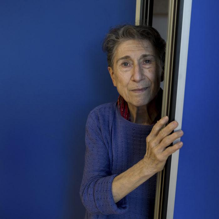 Silvia Federici: necesitamos una infraestructura material, emocional y social sobre los cuidados